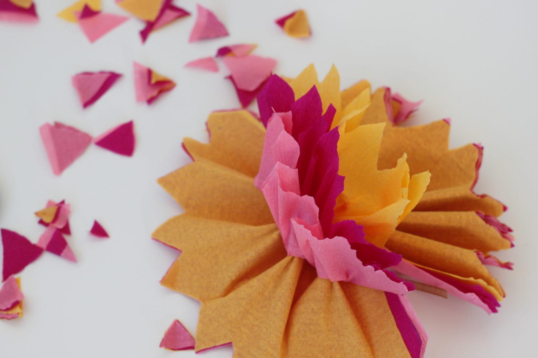 הדרכת פרחי נייר